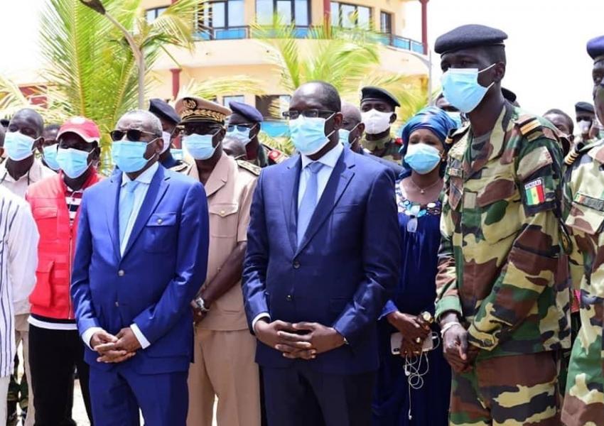 Covid 19: Visite du ministre de la Santé au centre de guéreo en compagnie du ministre des forces arm